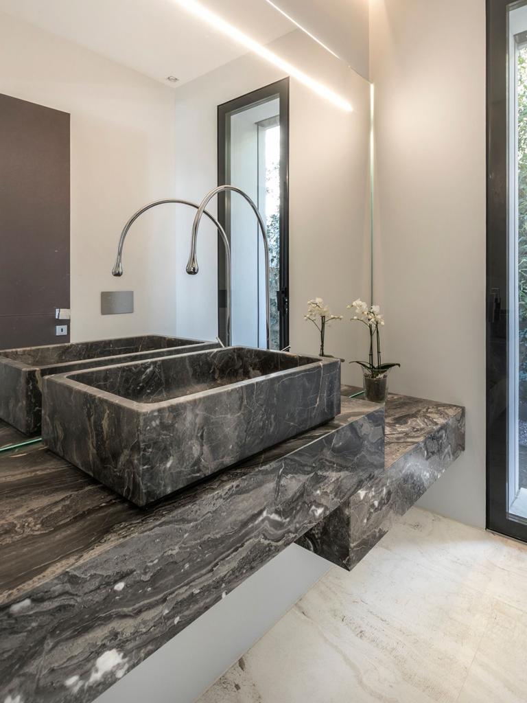lavabo bathroom